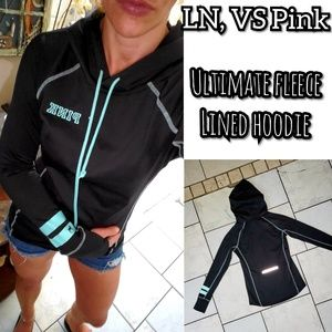 LN, vs 💕Pink ultimate fleece lined hoodie